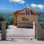 Guesthouse MAX